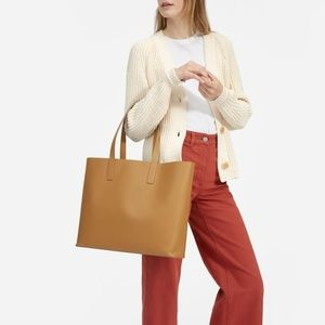 Everlane - The Day Square Tote - SADDLE